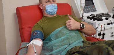 Pomorskie: żołnierze angażują się w oddawanie osocza dla chorych na COVID-19-6437
