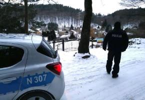 Trudne warunki na drogach! Sopocka policja apeluje o ostrożność-7182