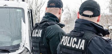 Słyszeli jak płacze i krzyczy, nagle jej głos ucichł! Policjanci z Gdańska uratowali 21-latkę-7238