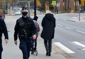 """Kolejne mandaty za brak maseczek! """"Sprawcami wykroczeń są nie tylko mieszkańcy Sopotu""""-8267"""