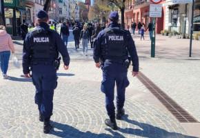 """Policjanci z Sopotu apelują ws. obostrzeń! """"Osoby, które będą lekceważyć przepisy, muszą liczyć się z konsekwencjami""""-8734"""