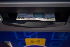 Niektóre banki zapowiadają przerwy w usługach. Sprawdź, co nie będzie działać-9729