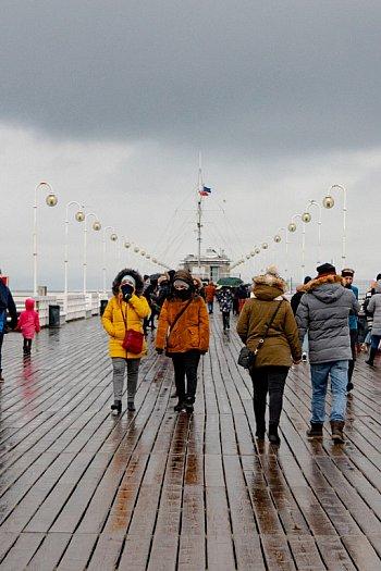 Sopot: deszcz nie odstraszył spacerowiczów w pierwszy weekend ferii [FOTO]-458