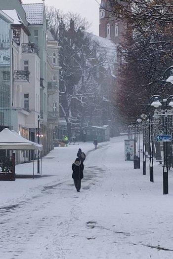 Pierwszy taki zimowy dzień w Sopocie! Miasto w białej odsłonie 01.2020 [FOTO]-460