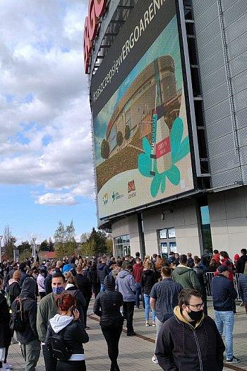 Sopot: tłumy chcą się zaszczepić w Ergo Arenie [FOTO]-522