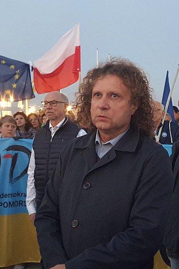 """Protest przy molo w Sopocie! """"Zostajemy w UE!""""-664"""