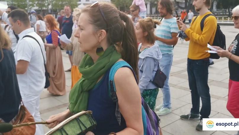 Flash mob na Placu Przyjaciół Sopotu [11.06.2021]