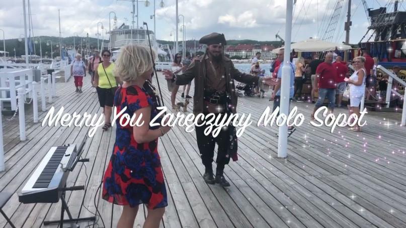 Piraci z Karaibów na molo! Występ na zaręczyny